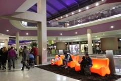 Vallsur-Nueva-Area-Descanso-Planta-Moda-Luz-Naranja