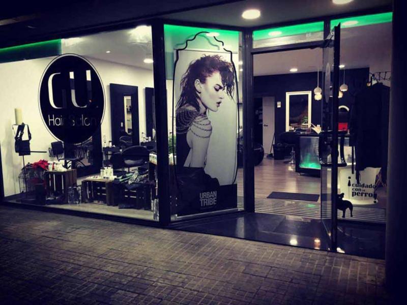 Dise o decoraci n peluqueria vinilos decorativos gu hair salon - Decoracion vinilos salon ...
