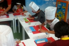 TALLER-INFANTIL-DECORACION-GALLETAS-