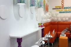 DECORACION-BARRA-AUXILIAR-LAMPARAS-YOGURTERIA